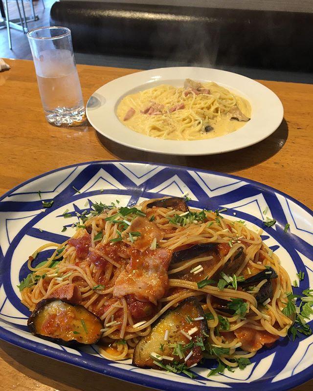 今日のお昼ご飯は、Dearのパスタを食べてきました 久しぶりパスタを食べましたが、美味しかったです♪ パスタについてですが、 パスタは植物性タンパク質を多く含むため、トレーニング後にもオススメです 筋肥大トレーニングの場合はタンパク質が不足しますので他のタンパク質食品と組み合わせ、ダイエットトレーニングの場合はオーバーカロリーにならないように食べ過ぎないように注意しましょう!! 試合前日の食事にもオススメです! 試合や減量あけなど、エネルギー消費量がかなり多めです。まずは消費したエネルギーを補充するために、糖質をしっかり摂ることが大切です! あと、パスタは優秀な低GI食品なので、血糖値の急激な上昇を抑えてくれます! 血糖値には1日の中で数値が変動する空腹時血糖値と食後血糖値というものがあり、食事を摂ると一時的に数値が上がり、時間が経つと下降していくという波を繰り返しているものですが、その波が急激すぎると心や体に不調を及ぼしたり、肥満体型の原因にもなってしまうとのことです! なので試合前日の食事でパスタはオススメです 最後に本日も通常営業してました! みなさんからの予約お待ちしております♪ https://nseitai.com/ 【完全予約制】 【電話番号】080-9542-8357 【営業時間】9:00〜21:00 【定休日】不定休 【住所】〒760-0054香川県高松市常磐町1-9-17